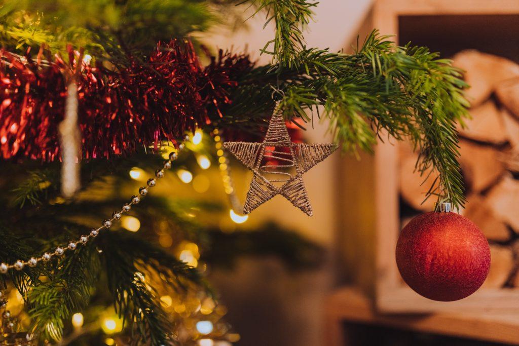 Imagen de árbol de navidad | 9 consejos para disfrutar de la Navidad siendo intolerante a la lactosa.