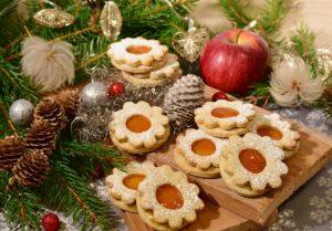Imagen de galletas navideñas | 8 deliciosas recetas sin lactosa para celebrar la Navidad