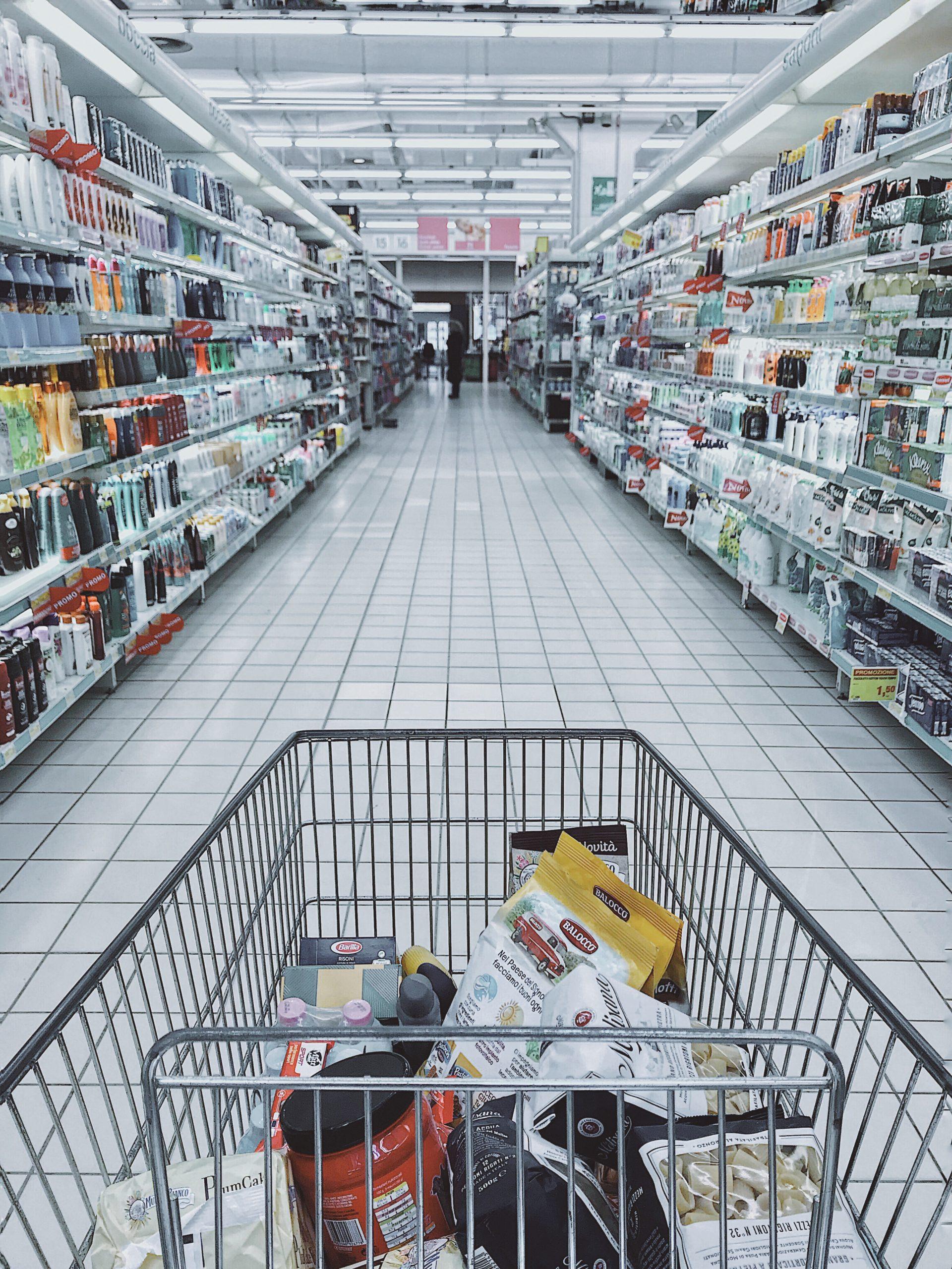 Carro compra productos sin lactosa